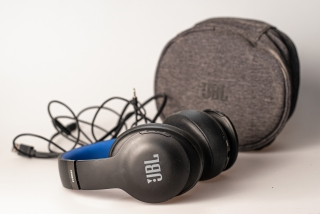 JBL Everest Elite 700 Bluetooth sluchátka